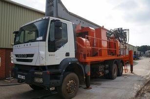 DANDO Watertec 40 1,000m depth supplied with service truck máquina perforadora