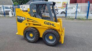 GEHL GHL 4240 minicargadora