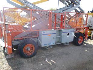 SKYJACK SJ 9250 plataforma de tijera